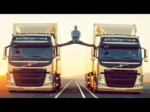 Epic Split Jean-CLAUDE Van DAMME With Two Trucks Face Spagatul HD Cu Doua Camioane