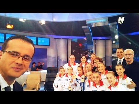 Video HD Cel mai tare SELFIE : Mihai GADEA si-a facut SELFIE cu Victor PONTA si gimnastele campioane!